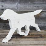 drewniany pies - dekoracja do domu