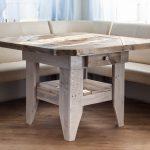 Drewniany stół z palet